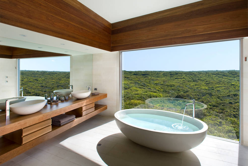 Osprey bathroom, Southern Ocean Lodge