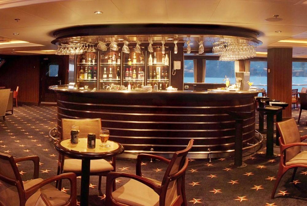 Darwin Lounge, Stella Australis