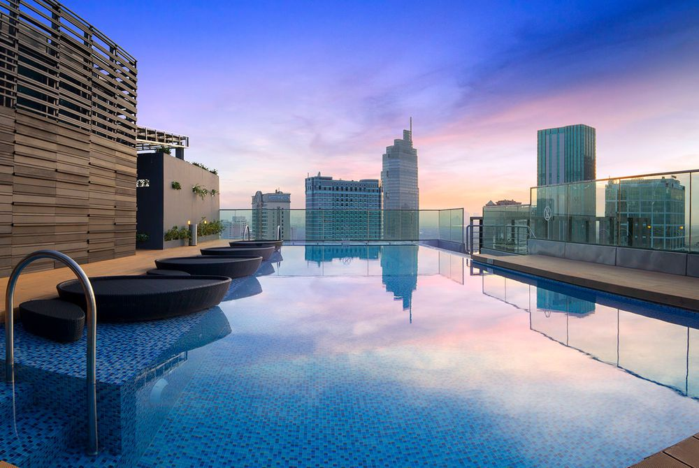 18thfloor Swimming pool, Liberty Central Saigon,  South Vietnam