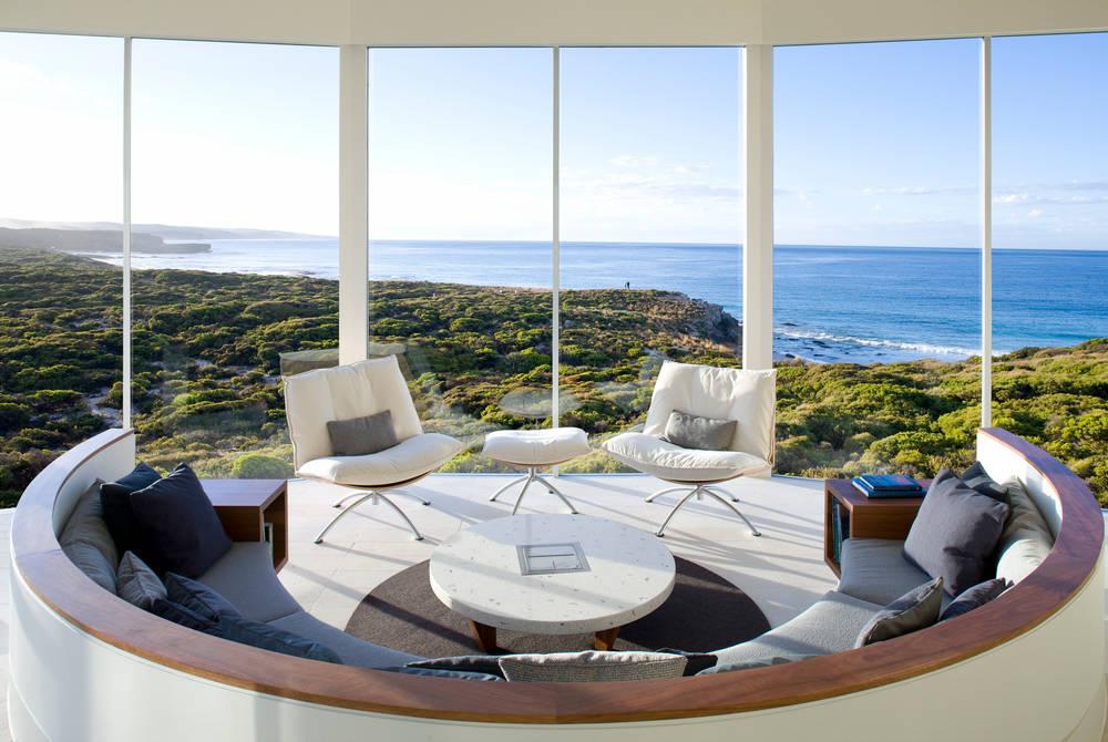 Osprey Pavilion Lounge, Southern Ocean Lodge