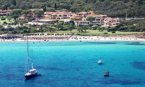 Abi d'Oru beach view