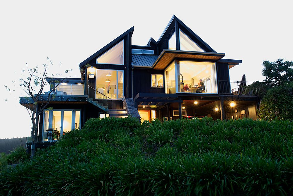 Acacia Cliffs Lodge exterior, New Zealand
