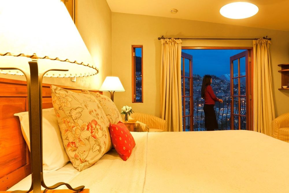 Accommodation, Browns Boutique Hotel