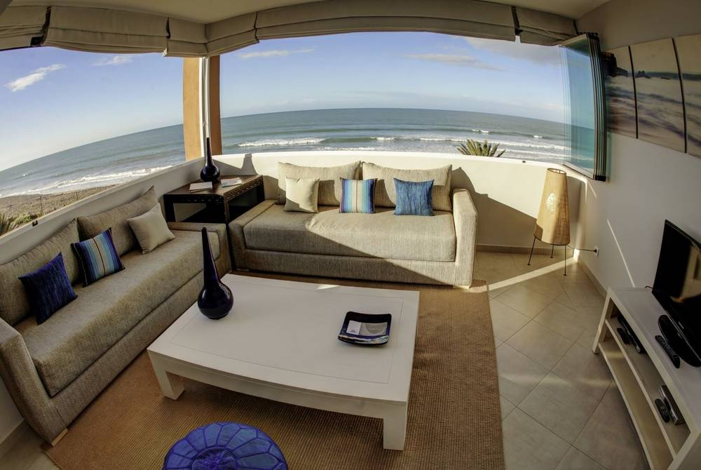 Living room with beach view, Paradis Plage