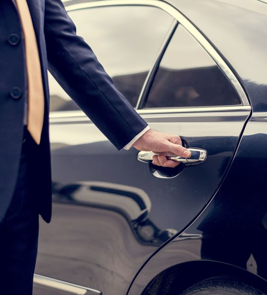 Airport transfer chauffeur service
