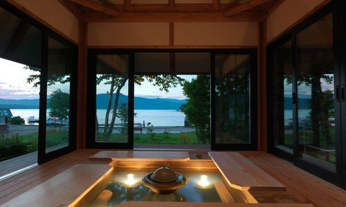 Akan Tsuruga Bessou Hinanoza, Lake Akan