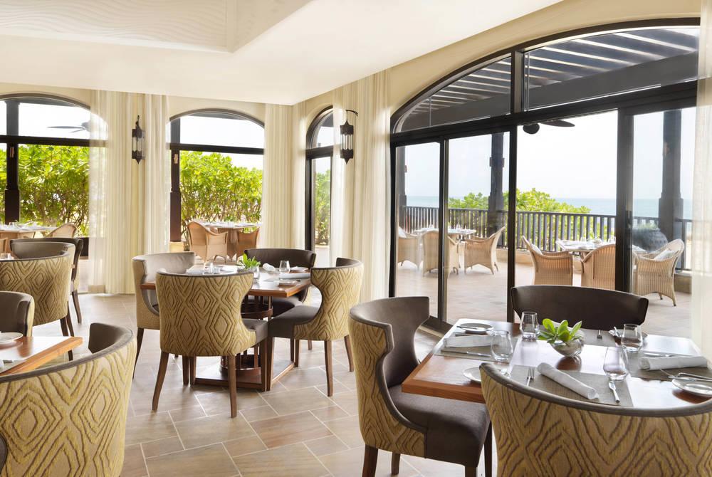 Al Shams Restaurant, Anantara Desert Islands Resort & Spa