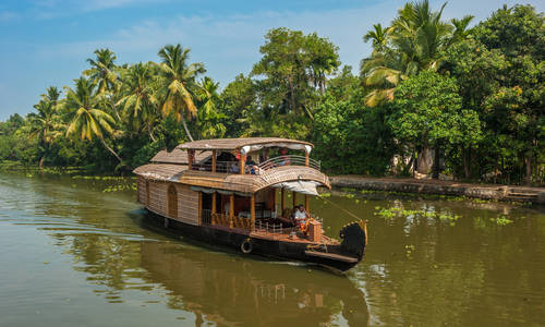 Houseboat backwaters cruise