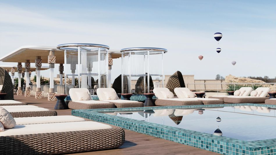 AmaDahlia Sun Deck and Pool