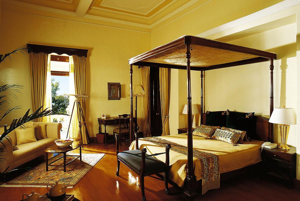 Viceregal Bedroom, Ananda in the Himalayas
