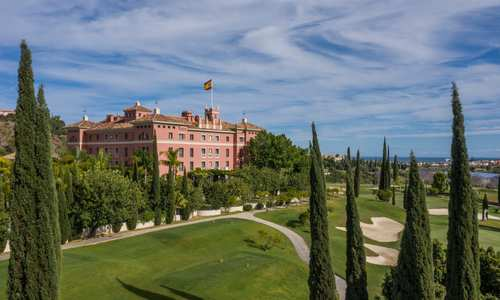 Exterior view of Anantara Villa Padierna Marbella