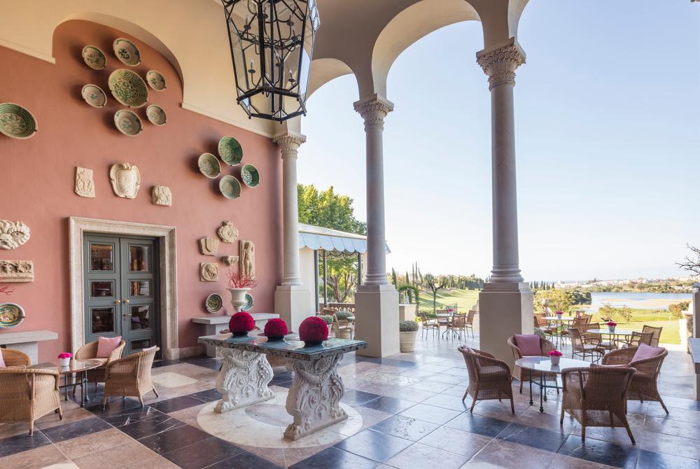 Anantara Villa Padierna Marbella Salon Terrace