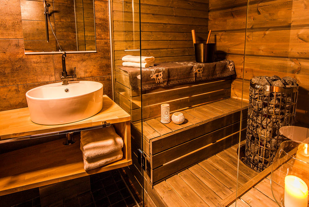 Arctic Glass House Bathroom With Sauna, Arctic TreeHouse Hotel