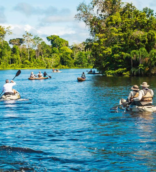 Canoeing excursion from the Aria Amazon