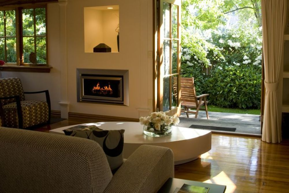 Arrowtown House Boutique lounge fireplace, New Zealand