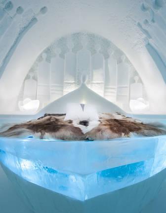 Art Suite Daily Travellers. Design Alem Teklu & Anne Karin Krogevoll. Photo Asaf Kliger. © ICEHOTEL
