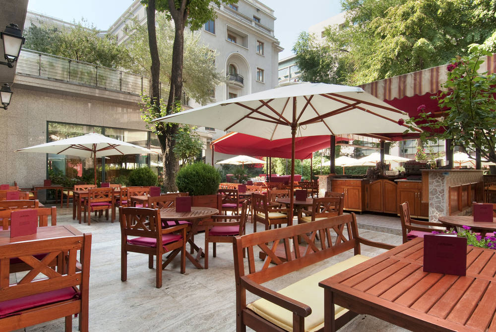 Athénée Palace Hilton, Bucharest