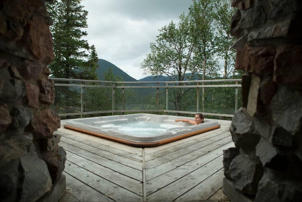 Hot tub, Auberge de montagne des Chic-Chocs