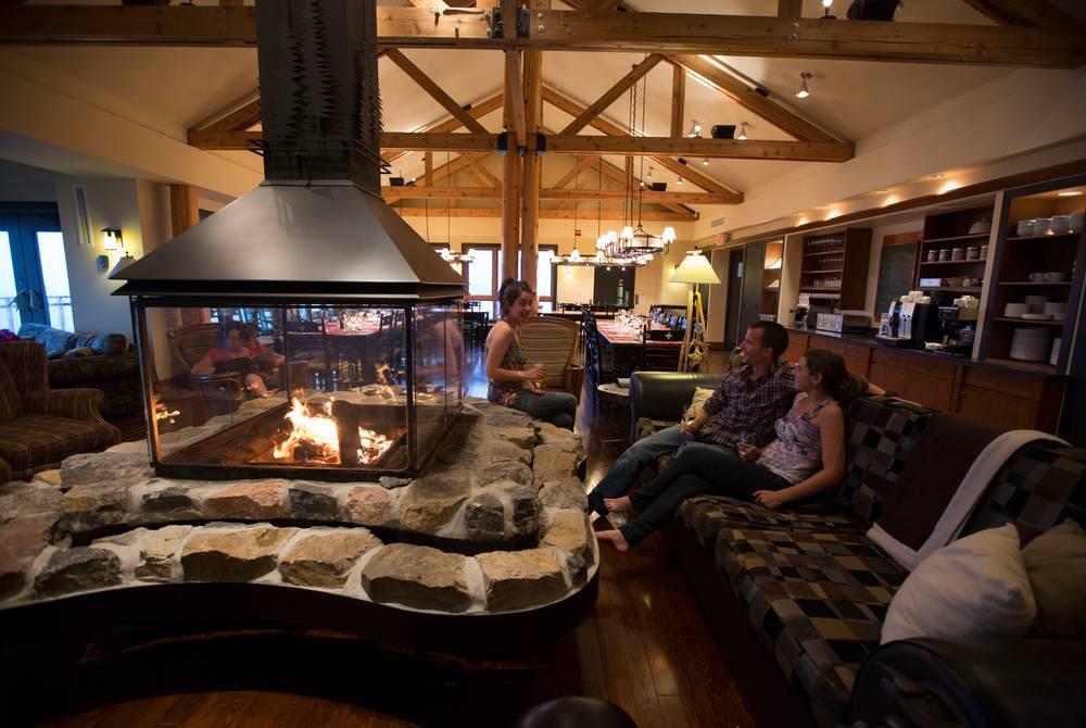 Lounge area, Auberge de montagne des Chic-Chocs
