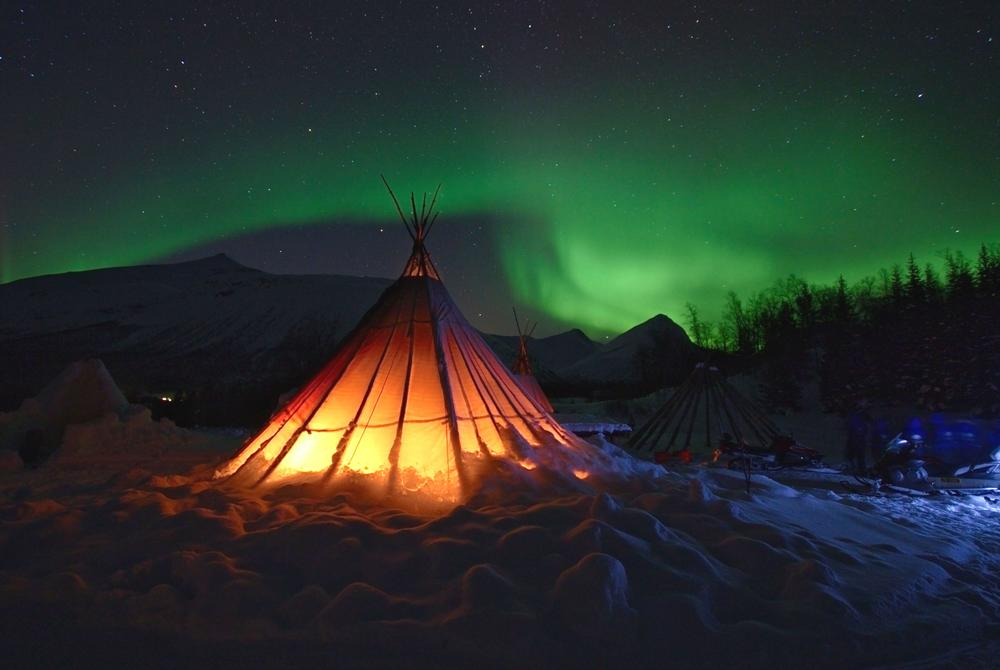 Northern Lights aurora safari to Base Stations in Tromso Norway