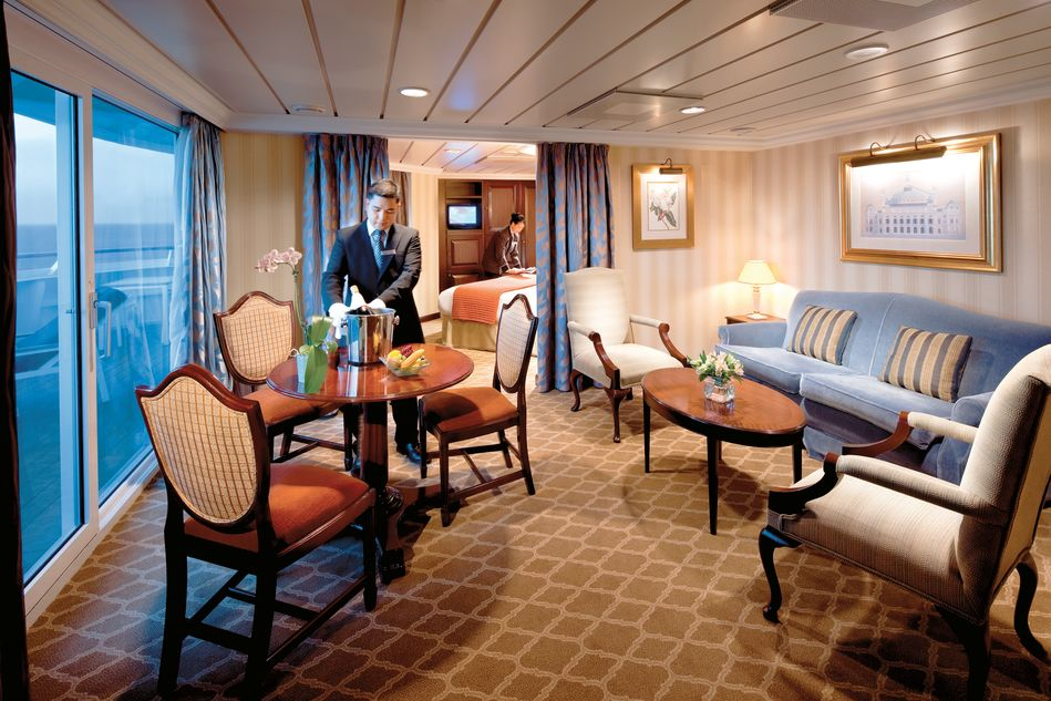 Club World Owners Suite on Azamara Quest