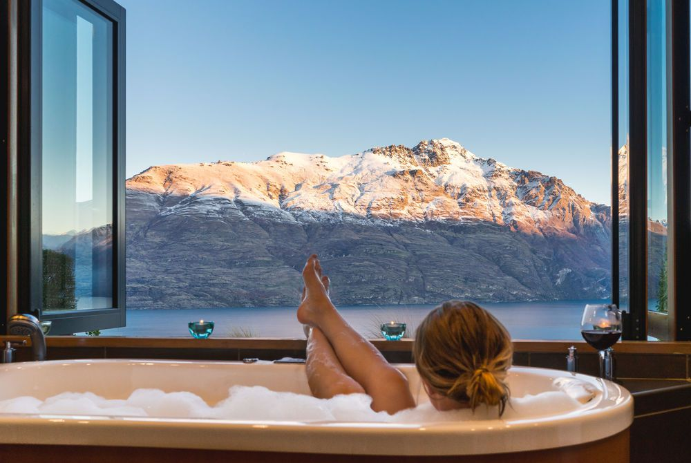 Azur Lodge luxurious tub with a view, New Zealand.jpg