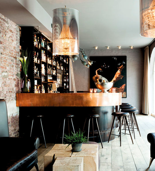 Bar, Hotel Brosundet, Alesund, Norway