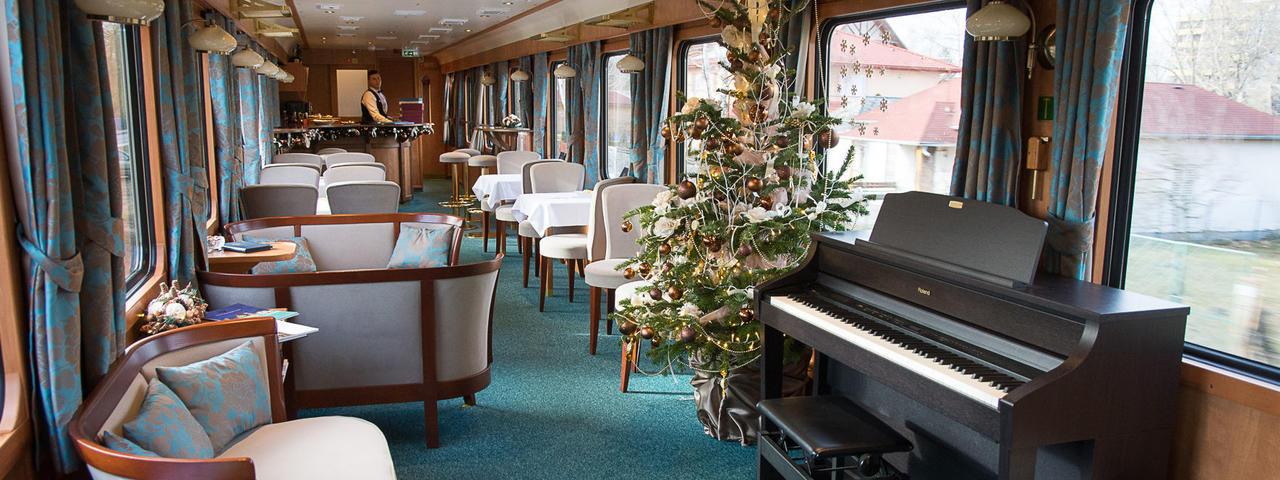 Bar Lounge Car, Golden Eagle Danube Express