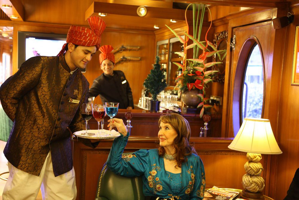 Safari Bar, Maharajas' Express