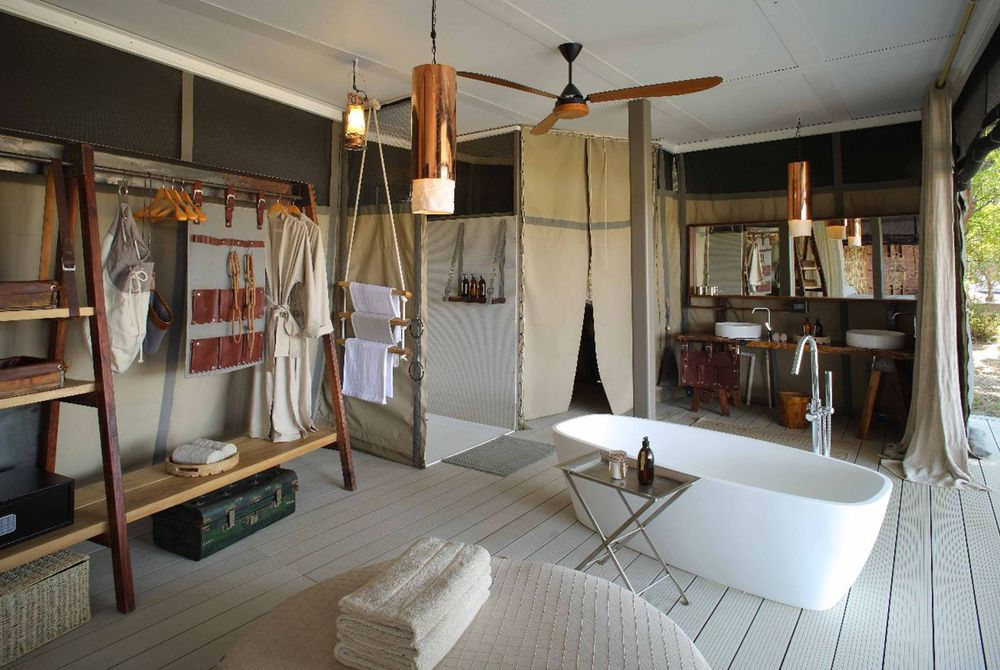 Bathroom, Chinzombo, South Luangwa National Park