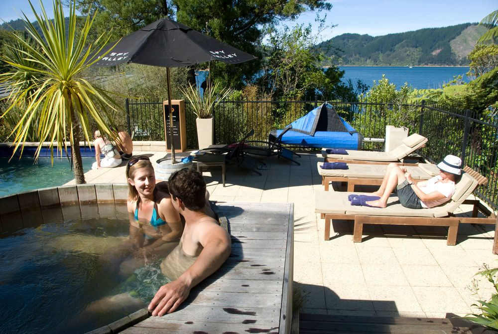 Bay of Many Coves outdoor hot tub, New Zealand