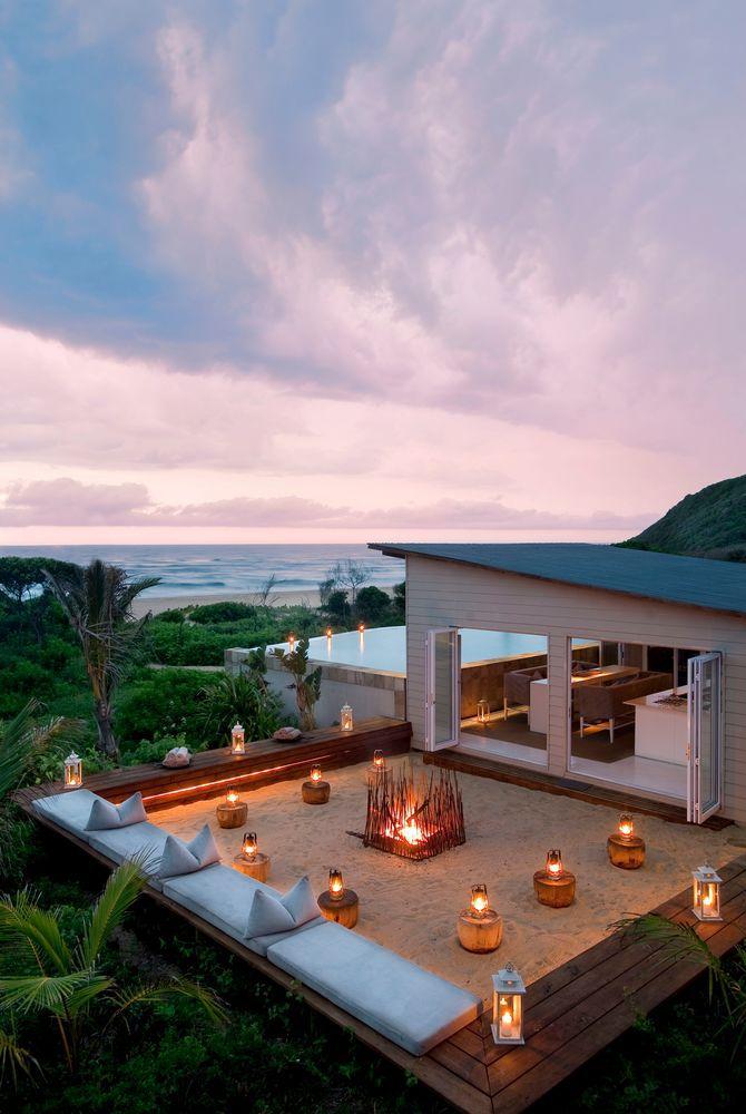Beach Boma, White Pearl Resort, Mozambique