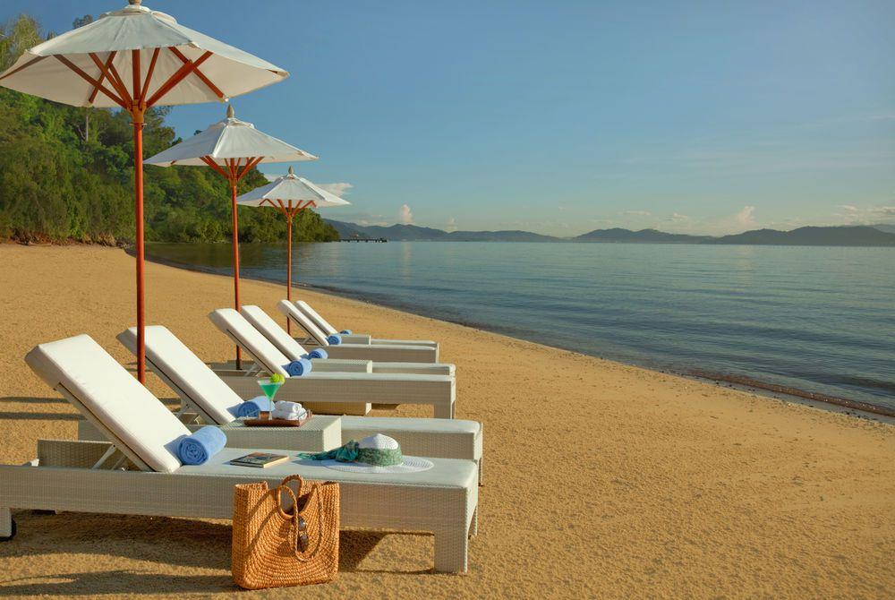 Beach at Gaya Island Resort