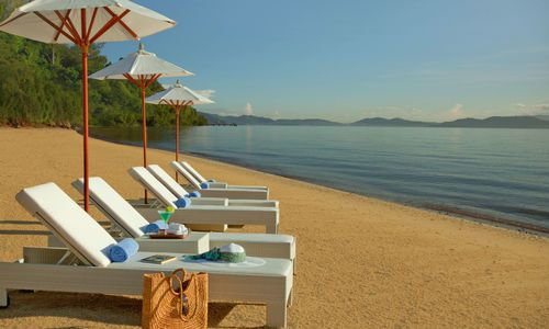 Beach at Gaya Island Resort