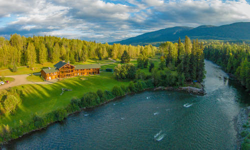 Bear Claw Lodge, British Columbia
