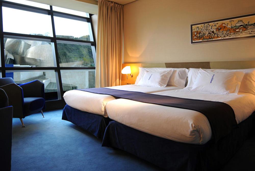 Bedroom, Gran Hotel Domine Bilbao, Bilbao, Spain