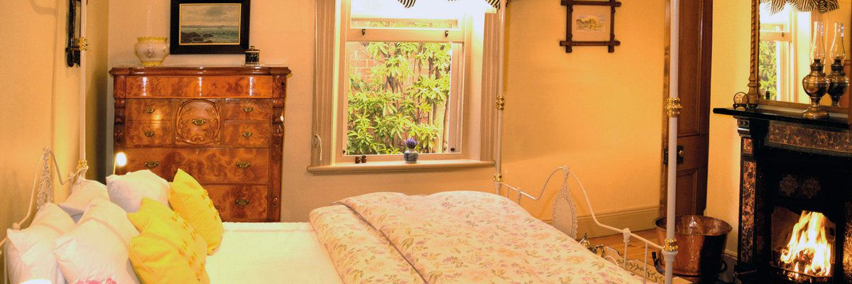 Bishops Garden master bedroom