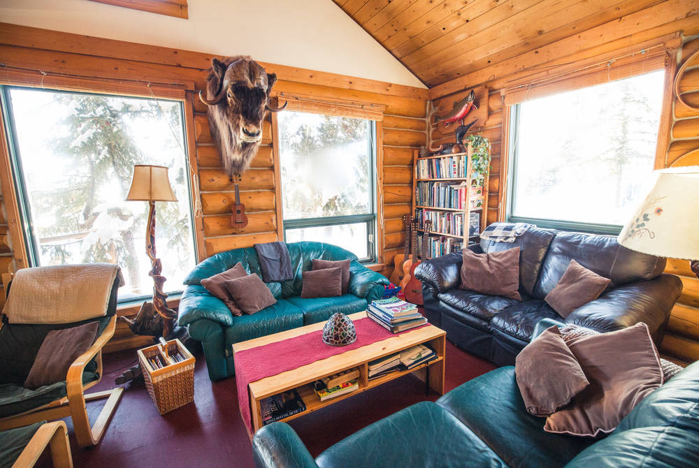 Lounge, Blachford Lake Lodge