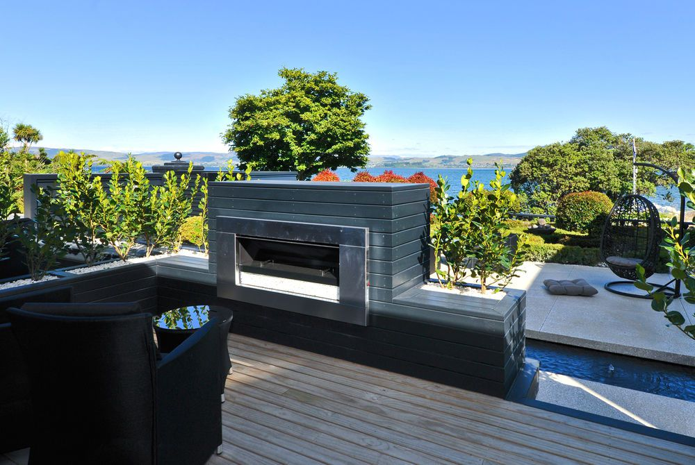 Black Swan Boutique outdoor fireplace, New Zealand
