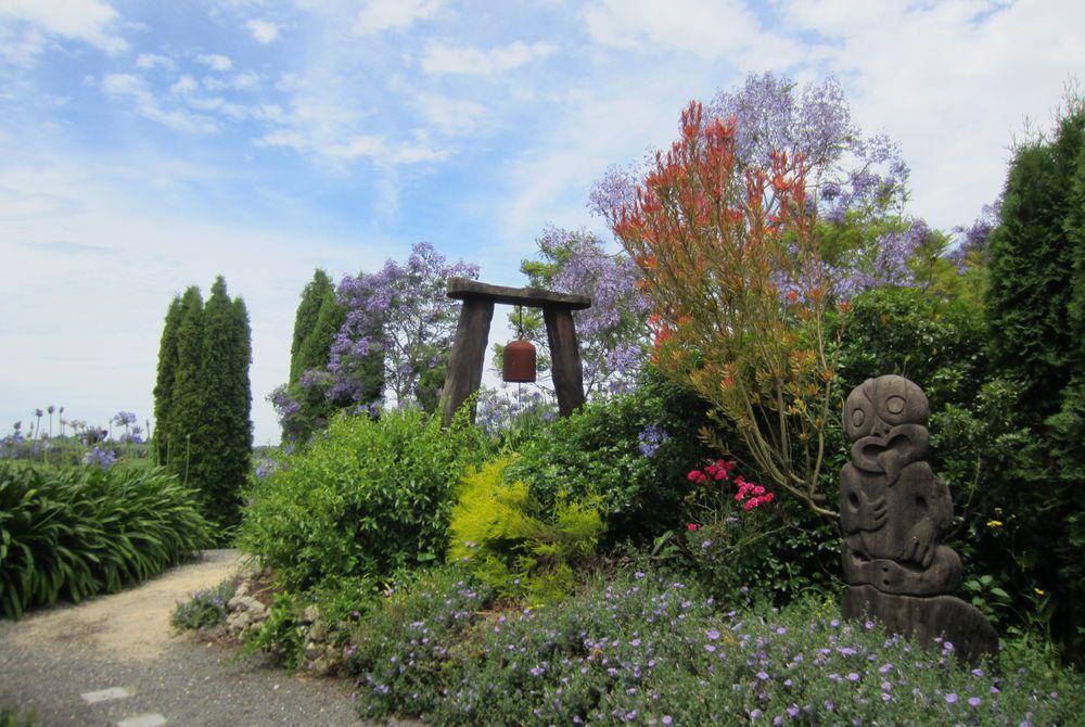Breckenridge Lodge garden, New Zealand