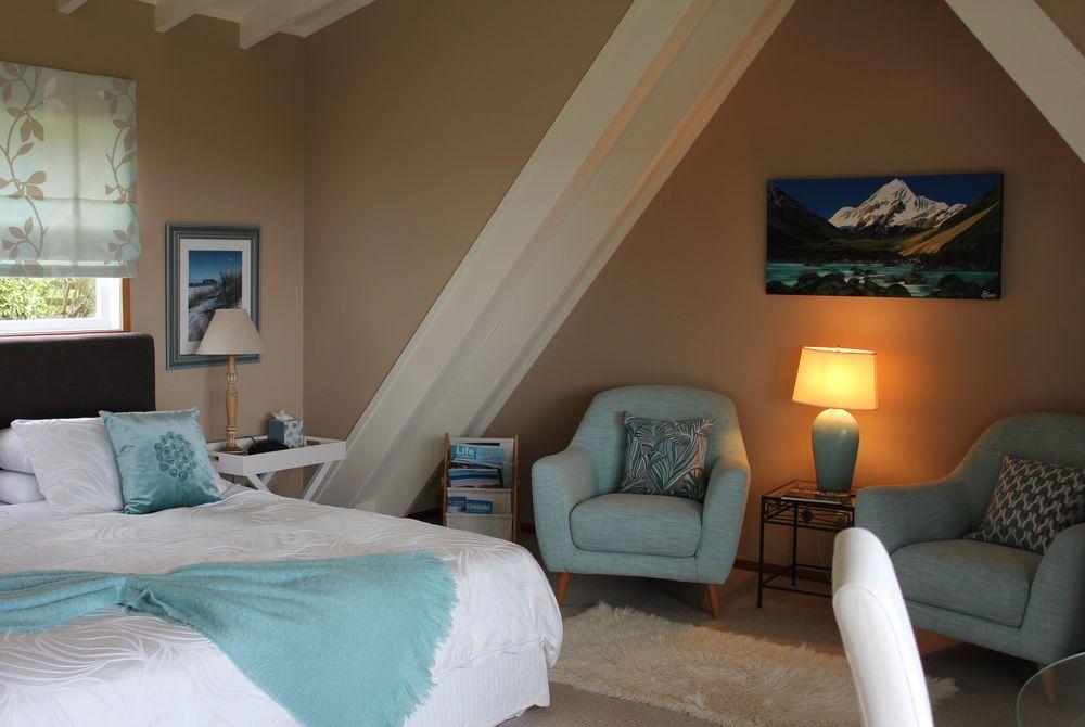 Brenton Lodge bedroom, New Zealand