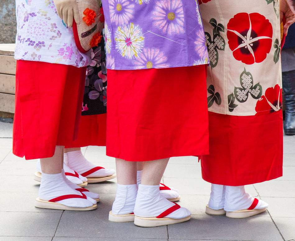 Bright yukatas, geta sandals and white tabi socks