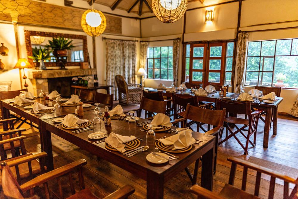 Bwindi Lodge, Uganda (© Sinamatella)