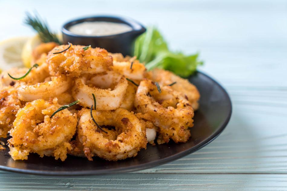 Plate of calamari and dip