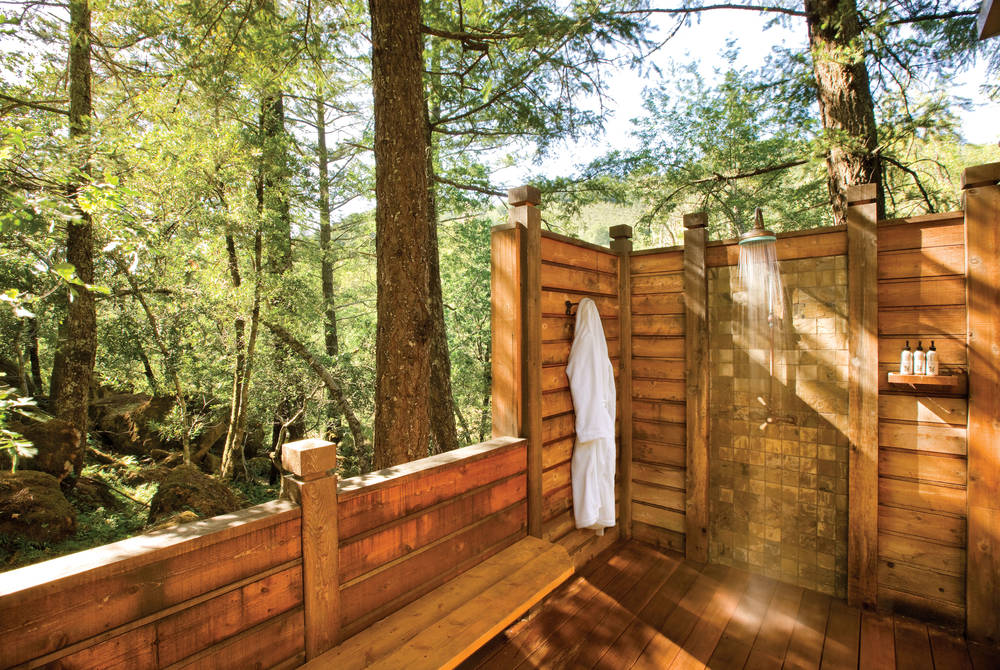 Outdoor shower, Calistoga Ranch, Napa