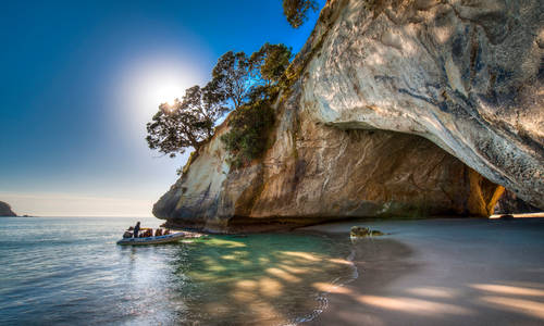 Cathedral Cove, Coromandel, New Zealand.