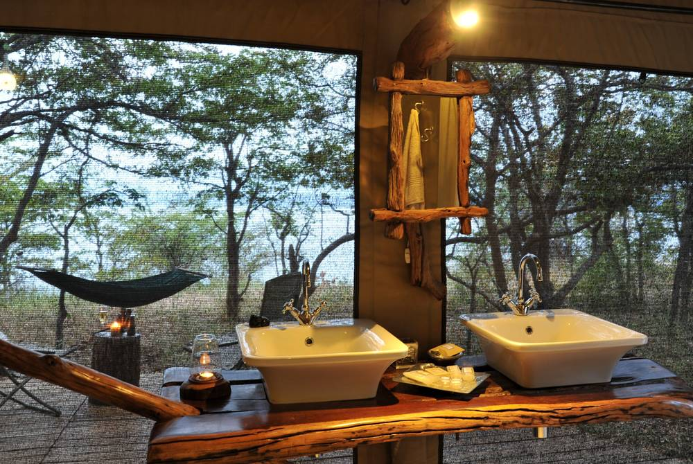 Changa Safari Camp, Matusadona National Park, Zimbabwe