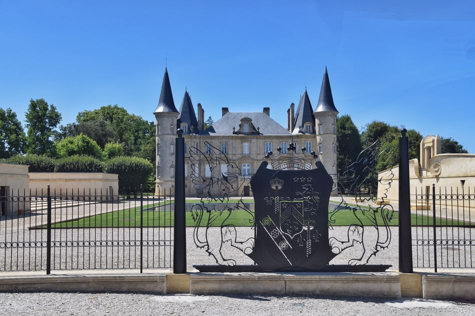 Chateau, Bordeaux, France