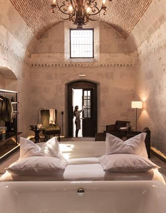 Bovedo Room