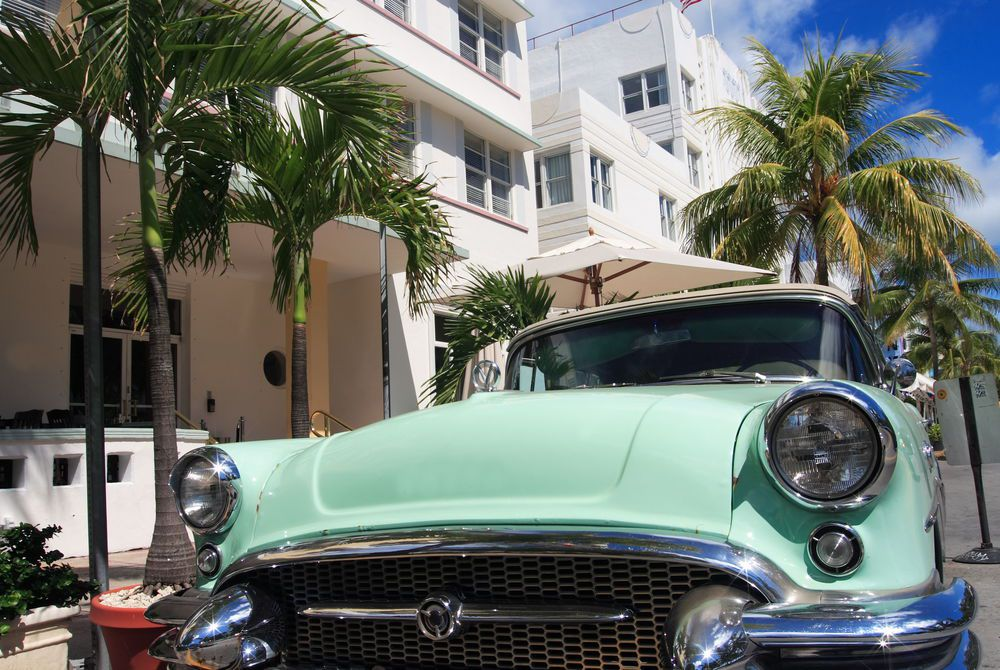 Classic car on Ocean Drive in Miami, Florida